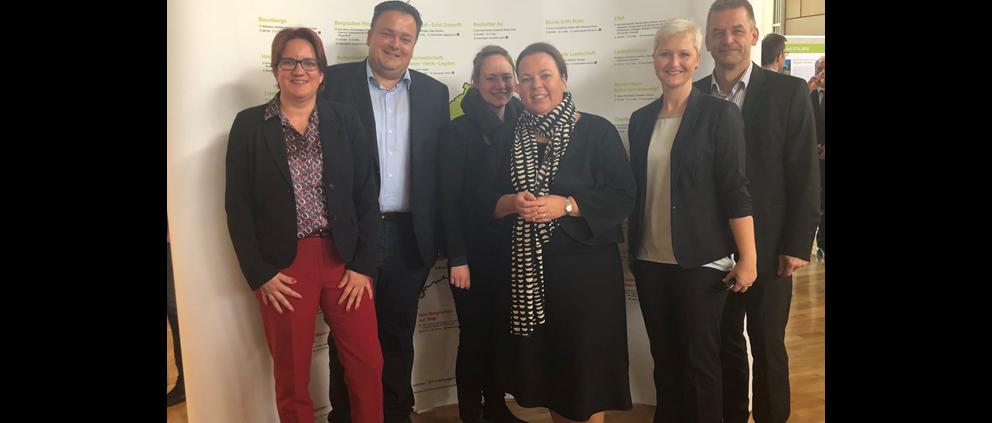 """Zu Gast im Düsseldorfer Landtag - Ausstellung """"LEADER und VITAL.NRW-Für Starke Ländliche Räume in Nordrhein-Westfalen"""" eröffnet"""